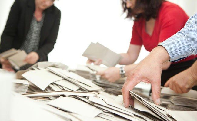 Bei der Auswertung der Stimmzettel soll es auch in OÖ zu Unregelmäßigkeiten gekommen sein.