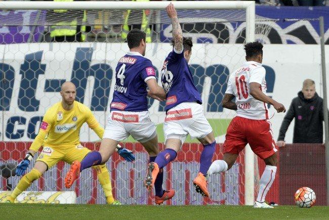 Die Wiener Austria kassierte gegen Red Bull Salzburg zwei Tore.