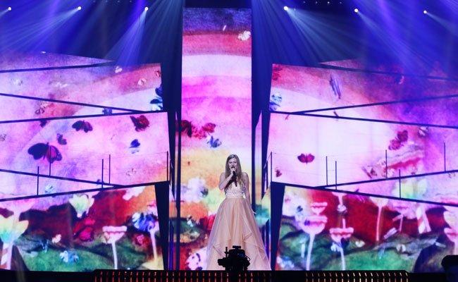 Zoe auf der großen ESC-Bühne.