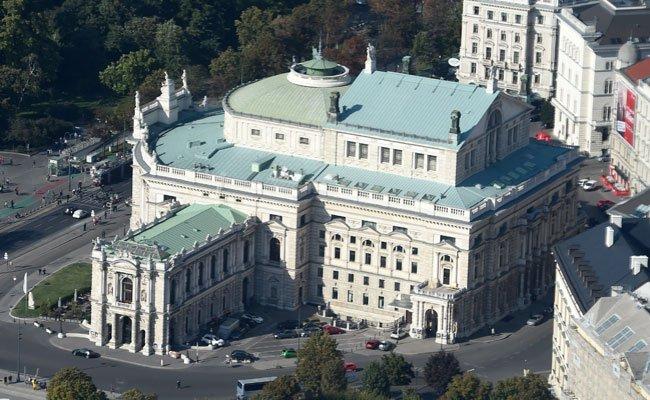 Ein Rechnungshofbericht kritisiert die ehemalige Führung des Burgtheaters