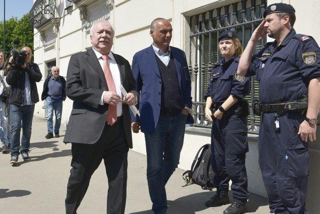 Häupl übernimmt übergangsweise die SPÖ-Führung nach Faymann-Rücktritt