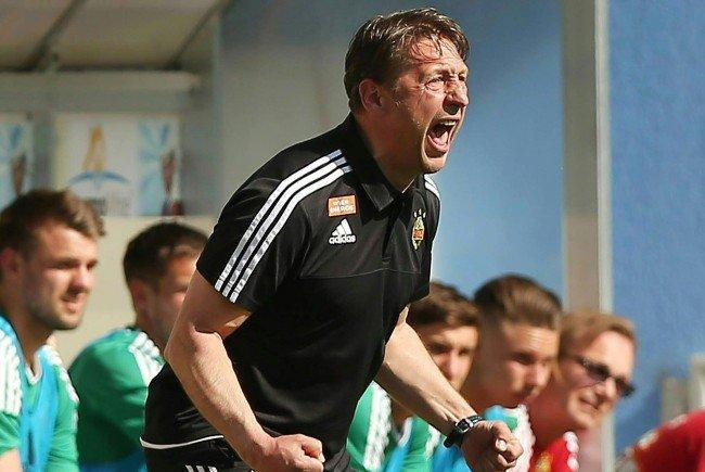 Beide Trainer sind nach Ende des Spiels Grödig - Rapid nicht sehr zufrieden.