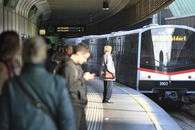 Mit der U-Bahn zu fahren ist sogar 20 Mal effizienter als Autofahren.