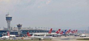 Zehn Tote bei Anschlag auf Istanbuler Flughafen