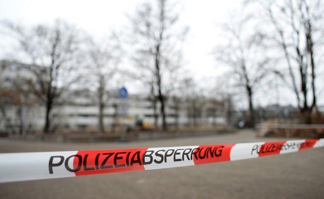 Ein Mann wurde im Weinviertel mit einer Axt attackiert.