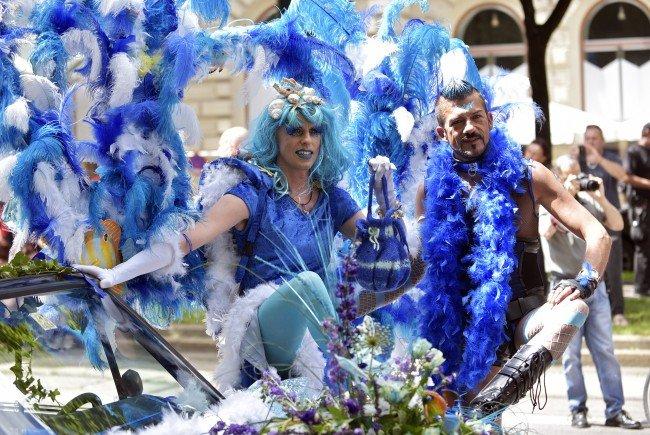 So bunt wurde die Wiener Regenbogenparade gefeiert.