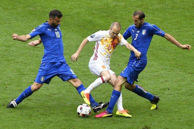 Italien spielte sich gegen Spanien ins Viertelfinale.