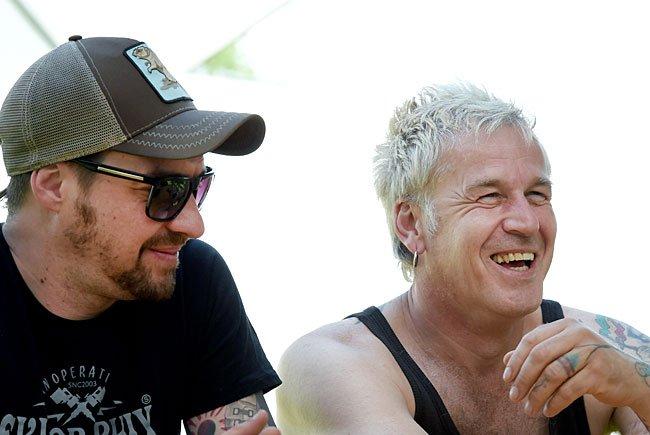 """Florian Speckardt """"Speck T.D."""" und Michael Robert Rhein """"Das letzte Einhorn"""" von der deutschen Band """"In Extremo"""" beim Interview"""