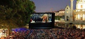 Kino unter Sternen 2016: Das Programm beim Sommerkino am Karlsplatz