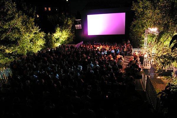 Das Kino wie noch nie bespielt immer Sommer wieder den Wiener Augarten