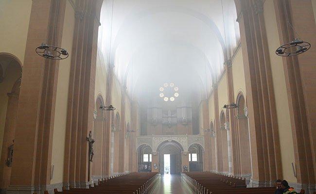 Beim Brand der Kirche am Mexikoplatz