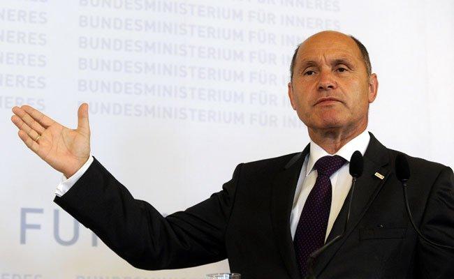 Innenminister Sobotka unterstützt den Vorschlag des Außenministers