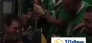 Irische Fans singen Baby in den Schlaf