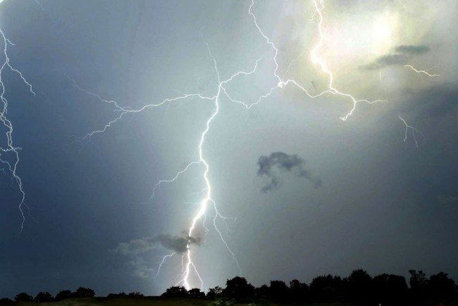 UBIMET zeichnete Tausende Blitze in ganz Österreich auf.