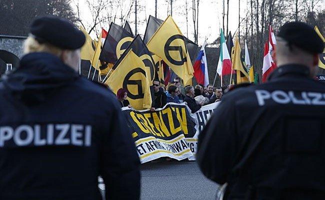 Die Identitären demonstrieren am Samstag in Wien.