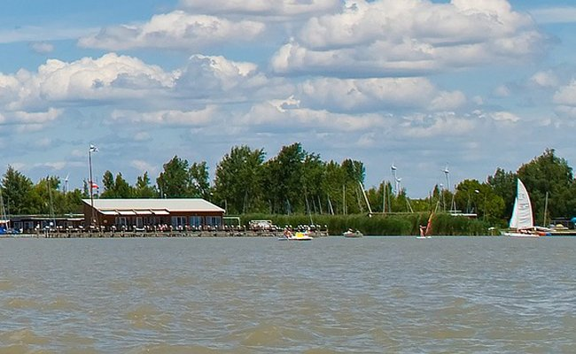 Das am Sonntag im Neusiedler See verunglückte Mädchen ist außer Lebensgefahr.