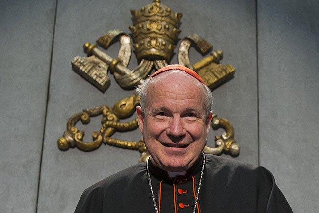 Kardinal Christoph Schönborn erhielt ein Rapid-Trikot