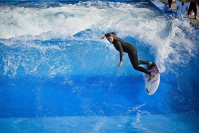 Beim urbanen Wassersport: 3CityWave
