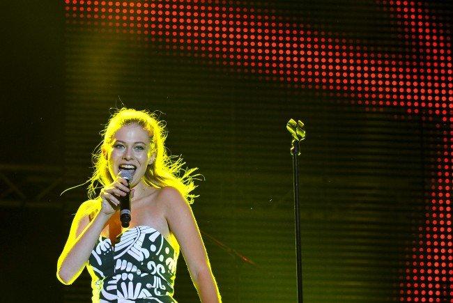 Sängerin Zoe am Freitag beim Donauinselfest