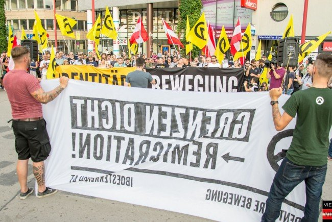 Bei der Identitären-Kundgebung in Wien.