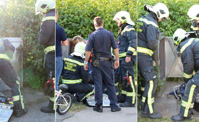 Die Feuerwehr musste einen 6-Jährigen aus einem Post-Container befreien
