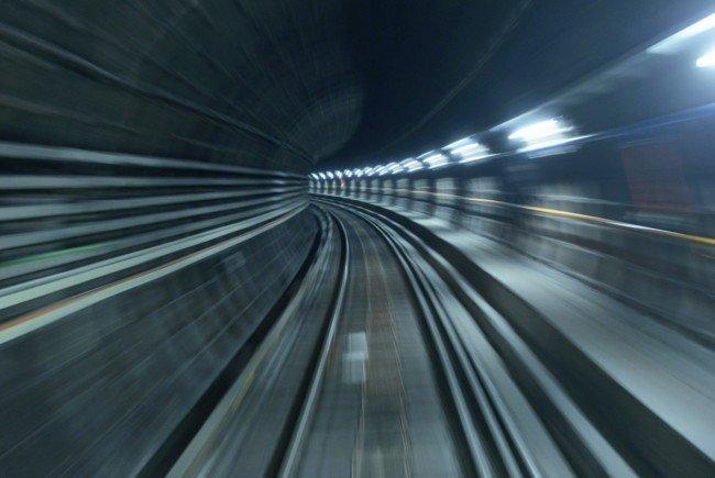 Der Verkehr auf der U-Bahnlinie U1 wurde für eine dreiviertel Stunde unterbrochen.