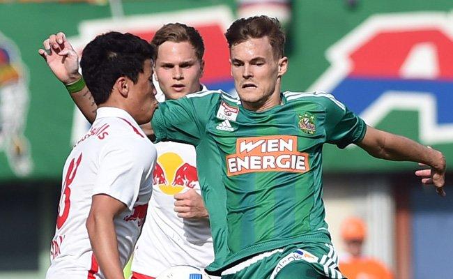 Stefan Stangl (r.) wird in Zukunft das Trikot der Salzburger tragen.