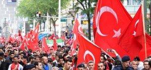 """UETD vermutet """"Provokateure"""" hinter Angriff auf kurdisches Lokal in Wien"""