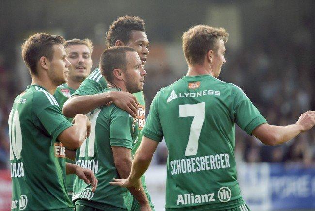 Rapid Wien startete mit Sieg über Krabakh in die neue Saison.