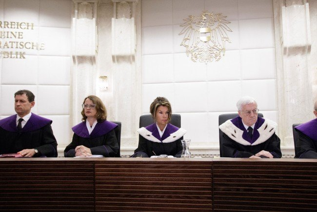 VfGH-Präsident Holzinger verkündet am Freitag um 12.00 Uhr die Entscheidung des Gerichts