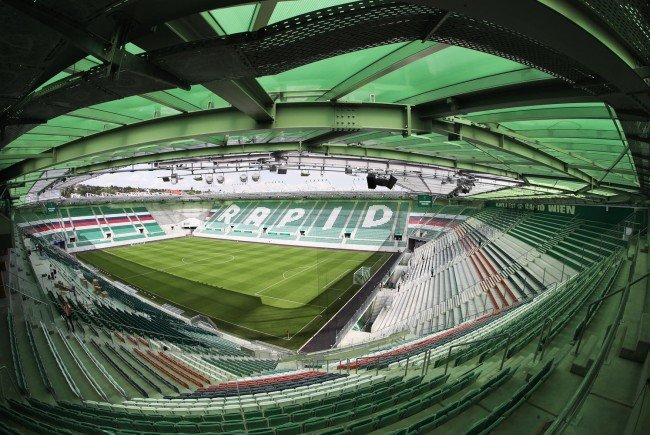 Rapid feiert die Eröffnung des Allianz Stadions.