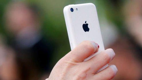 "Hofer-Fans empört über ""iPhones für Asylanten"": Caritas reagiert"