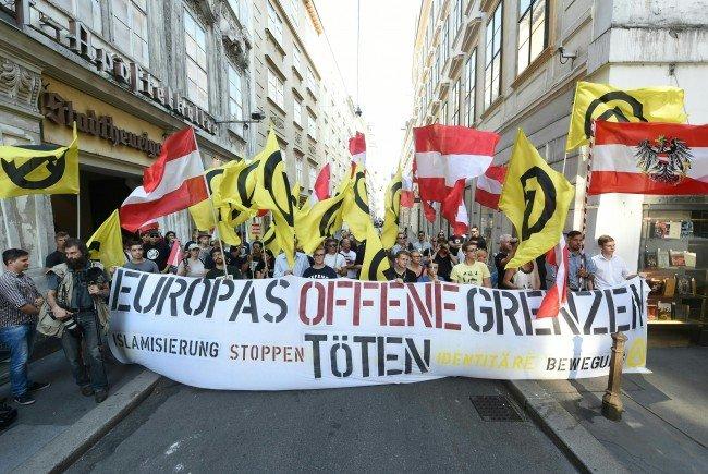 Am Sonntag gingen die Identitären gegen Erdogan auf die Straße.