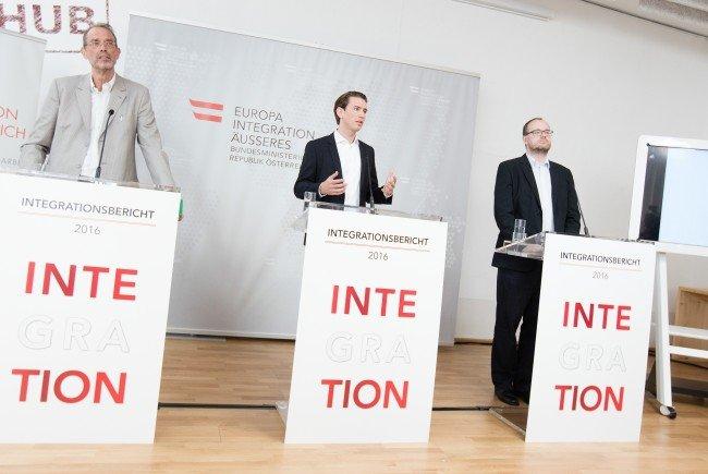 Bei der Pressekonferenz zum Integrationsbericht.