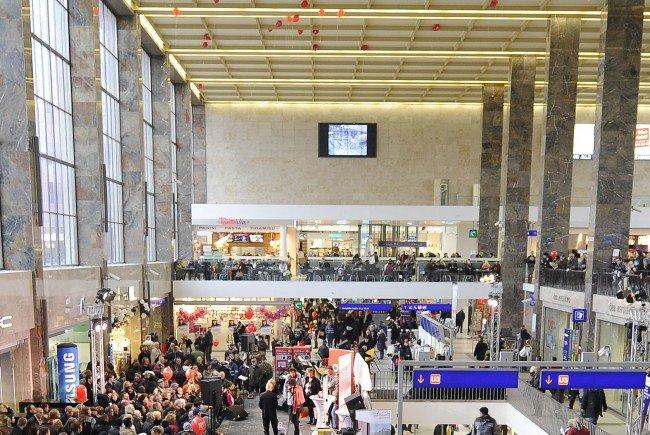 Das Opfer wurde mit einem Messer beim Wiener Westbahnhof attackiert.