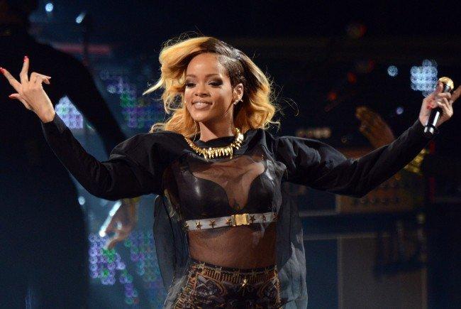 Strenge Sicherheitskontrollen bei Rihanna-Konzert in Wien.