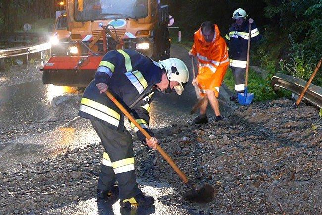 Die Feuerwehr hatte im südlichen NÖ alle Hände voll zu tun