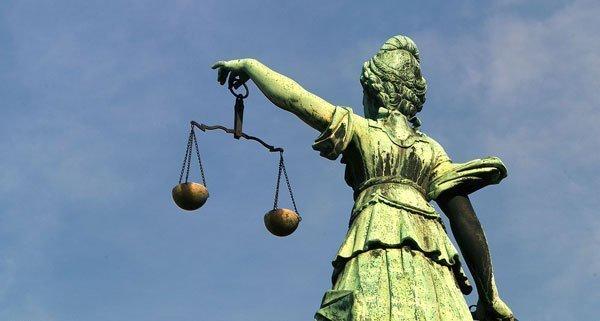 Ein 65-Jähriger wurde wegen sexuellem Missbrauch an einer 20-Jährigen verurteilt