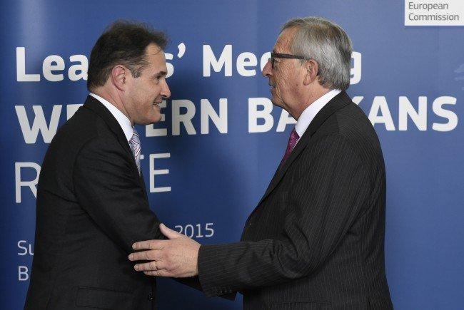 Frontex-Executive-Director Fabrice Leggeri (l.) mit EU-Kommissionspräsident Jean-Claude Juncker.