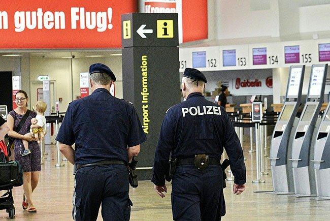 Die heimischen Sicherheitsbehörden haben Donnerstagfrüh per Mail konkrete Terrordrohungen gegen Polizei und öffentliche Einrichtungen in mehreren Bundesländern erhalten