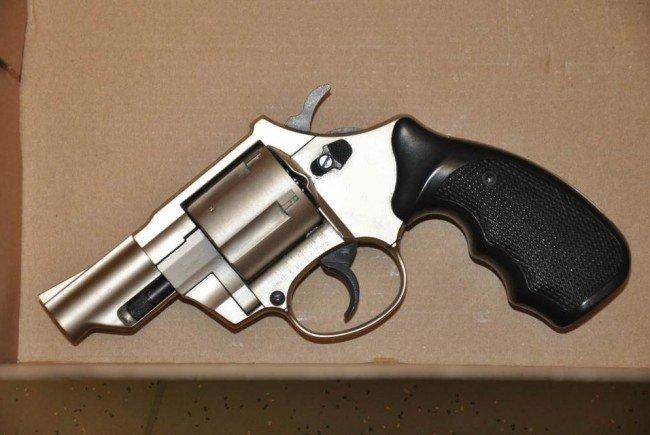 Der bei dem Überfall verwendete Schreckschuss-Revolver.