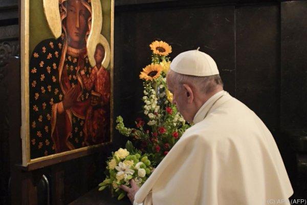 """""""Gott hat dieses junge Mädchen im Himmel aufgenommen"""", so der Papst"""