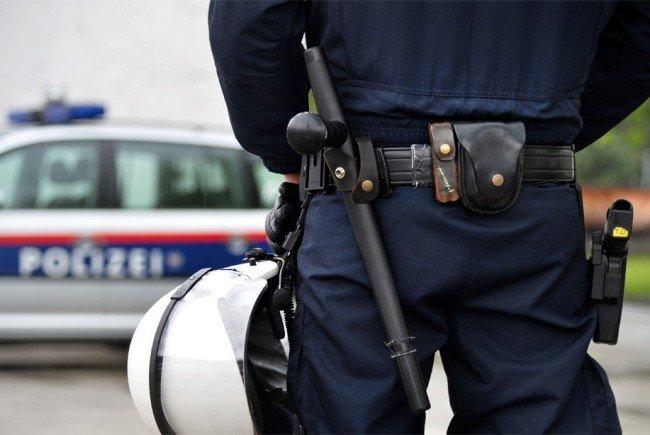 Auch auf die Polizisten ging der 16-Jährige los.