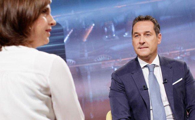 FPÖ-Chef Strache und Susanne Schnabl im Sommergespräch.