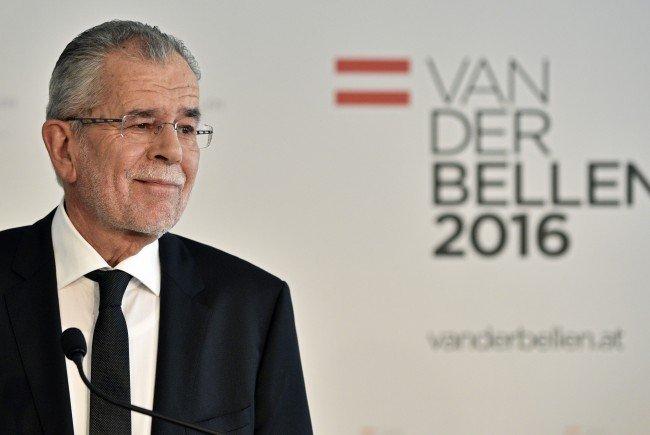 Alexander Van der Bellen geht von Verschiebung der Bundespräsidentenwahl aus.