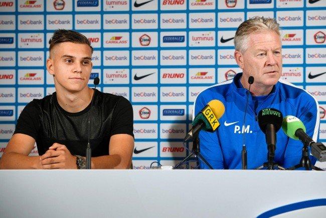 Genk-Coach Peter Maes (r.) zeigt Respekt vor Rapid.
