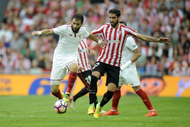 Athletic Bilbao (r. Raúl García) behielt gegen Sevilla die Oberhand.