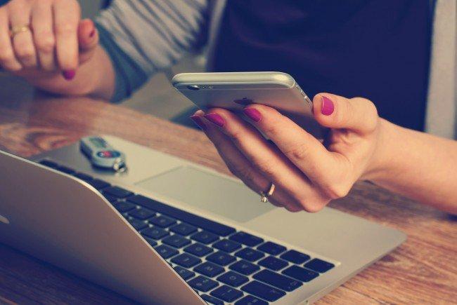 Bezahlen mit Bargeld, Karte oder gleich mit einer App: Wo liegen die Gefahren
