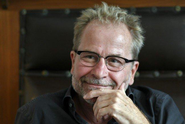 """Filmemacher Ulrich Seidl im Interview zu seinem neuen Film """"Safari"""""""