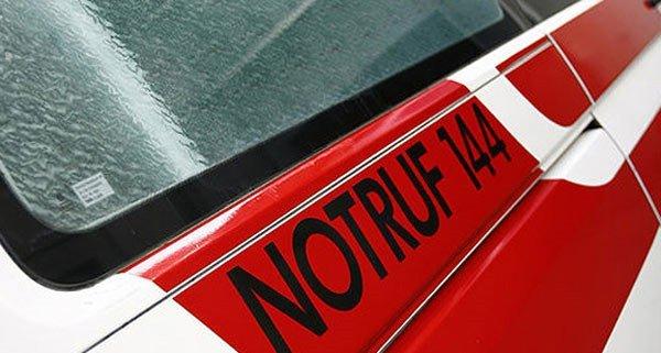 Ein Motorradfahrer kam bei einem Sturz im Bezirk Wiener Neustadt ums Leben